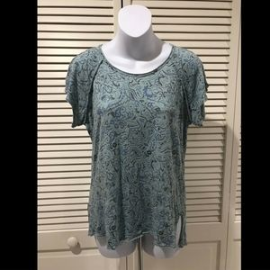 t.la by Anthropologie Teal Short Sleeve Floral Gra